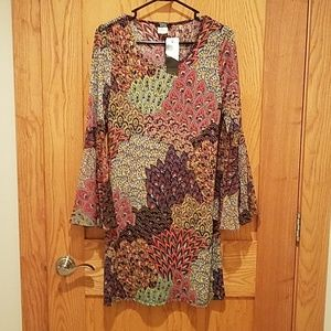 MSK DRESS WITH BELL SLEEVES NWT